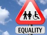 segnale stradale con logo uomo donna disabile