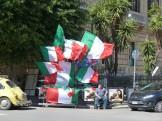 venditore bandiere italiane