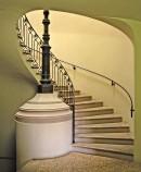 La scala a chiocciola che conduce all'appartamento