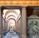 Chiostri inesplorati e angoli nascosti: percorso insolito alla Certosa