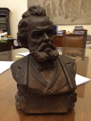 Il busto acquisito prima del restauro