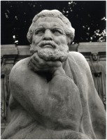 Busto del Poeta (Bologna, Publifoto)