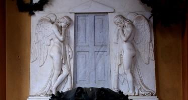 Di scagliola, stucco e marmo | L'artificio per l'aldilà, tra tecniche, simboli e restauri