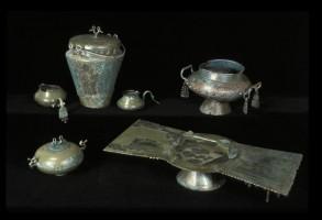 Vasellame in bronzo dalla tomba Benacci Caprara 39
