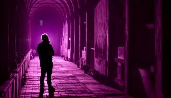 Anime oscure | arte musica e poesia nella città silente