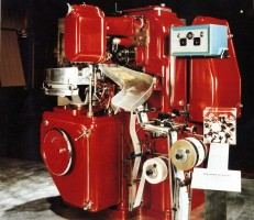 The GD 2250, candy packaging machine for egg-shaped with a double twist wrapping, was designed by Ariosto Seragnoli