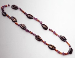 Necklace with cowries