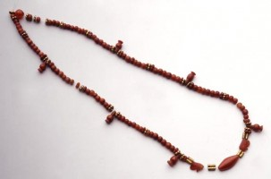 Necklace with pomegranate bead pendants