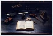 Il tavolo da lavoro di Giosue (foto di Riccardo Vlahov)