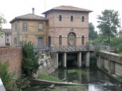 Sul filo dell'acqua: l'antica Bologna tra chiuse, canali e chiaviche