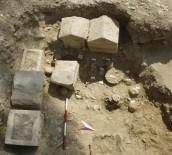 Perugia, località Elce, la tomba 1 in corso di scavo, II-I sec. a.C.