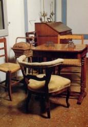 I mobili della camera da lavoro di Elvira