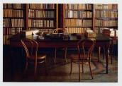 Il tavolo da lavoro nello studio