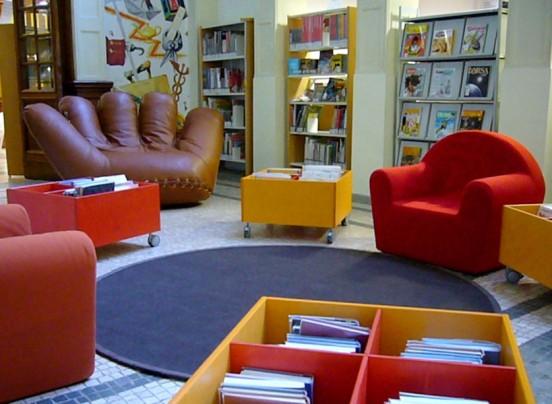 Biblioteca salaborsa ragazzi istituzione biblioteche di for Arredi per biblioteche
