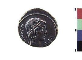 Denario in argento di Q. Pomponius Musa(Fronte)