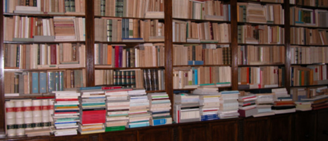 Libreria di Raffaele Spongano nell'appartamento di Via Vallescura a Bologna