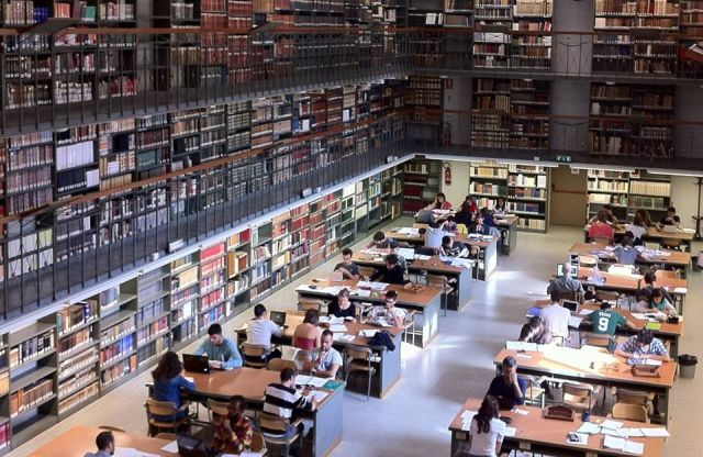 Biblioteca dell'Archiginnasio Sala di Consultazione