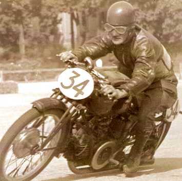 E. Ruffini, GARE MOTOCICLISTICHE A BOLOGNA E DINTORNI NELLE FOTO DI NINO COMASCHI, 1937-'50